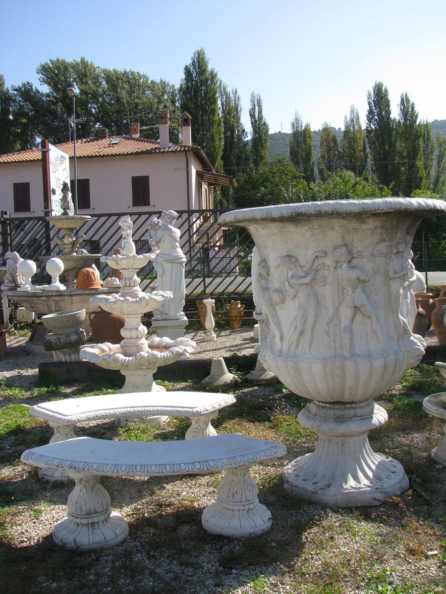 Decorazione giardino da fontane for Arredo giardino rimini